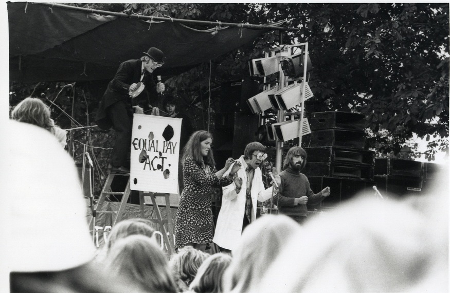 LB Wandsworth, national abortion campaign rally on Tooting Common, 1975 (Wandsworth Heritage Service)