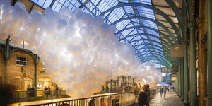 Covent Garden Gets A Giant Balloon Heartbeat