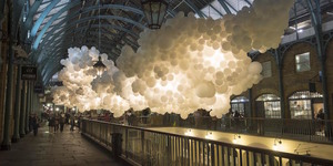 100,000 White Balloons Float Into Covent Garden