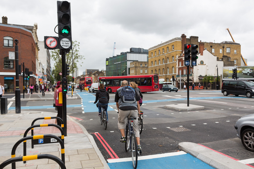 New Traffic Lights Aim To Cut Cyclist Deaths