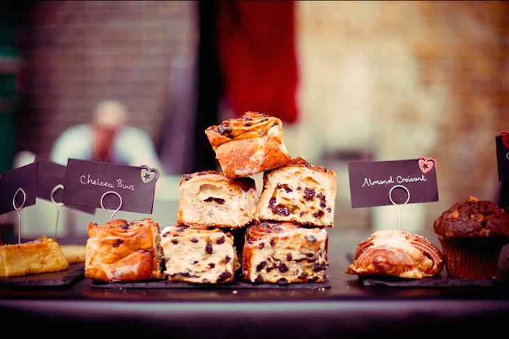 Pastries of Brick Lane. Photo: Nada Stankova (2011)