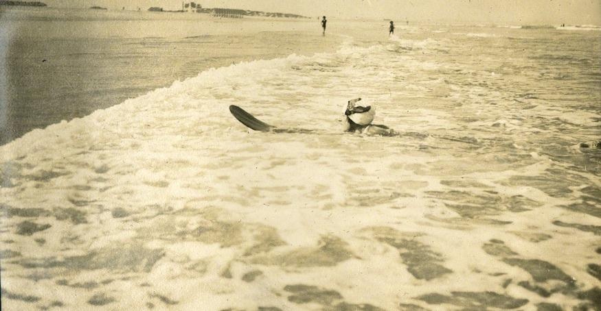 surfer_ac.jpg