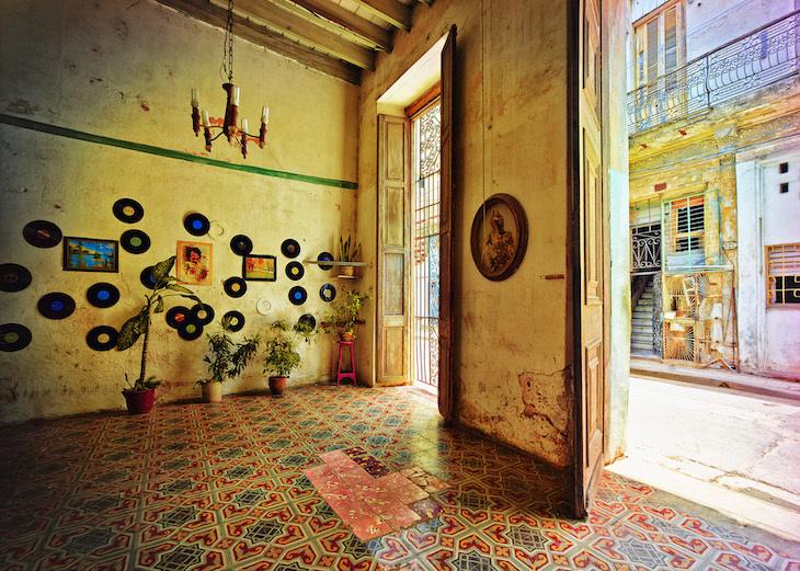house_of_chino_ii_-__werner_pawlok__www-lumas-co-uk.jpg