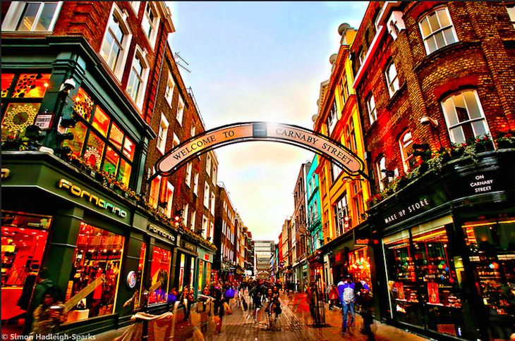 Carnaby Street. Photo: Simon & His Camera (2015)