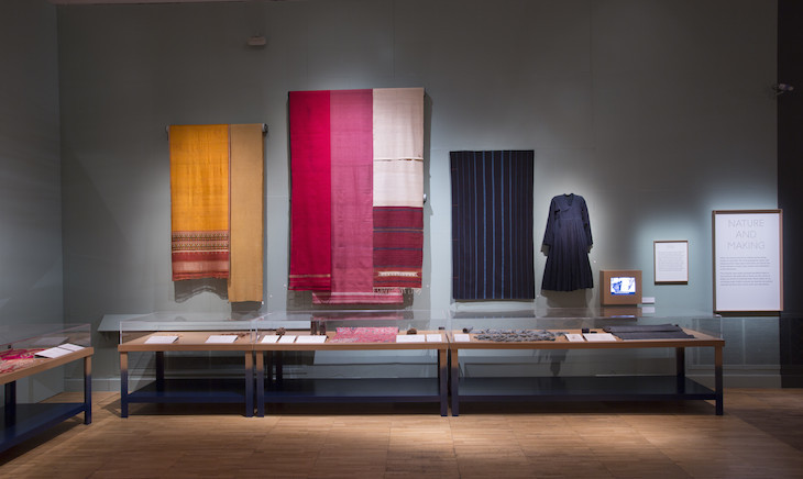 installation_view_of_the_fabric_of_india_at_the_va_c_victoria_and_albert_museum_london_3.jpg