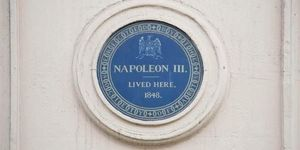 What Is The Oldest Blue Plaque In London?