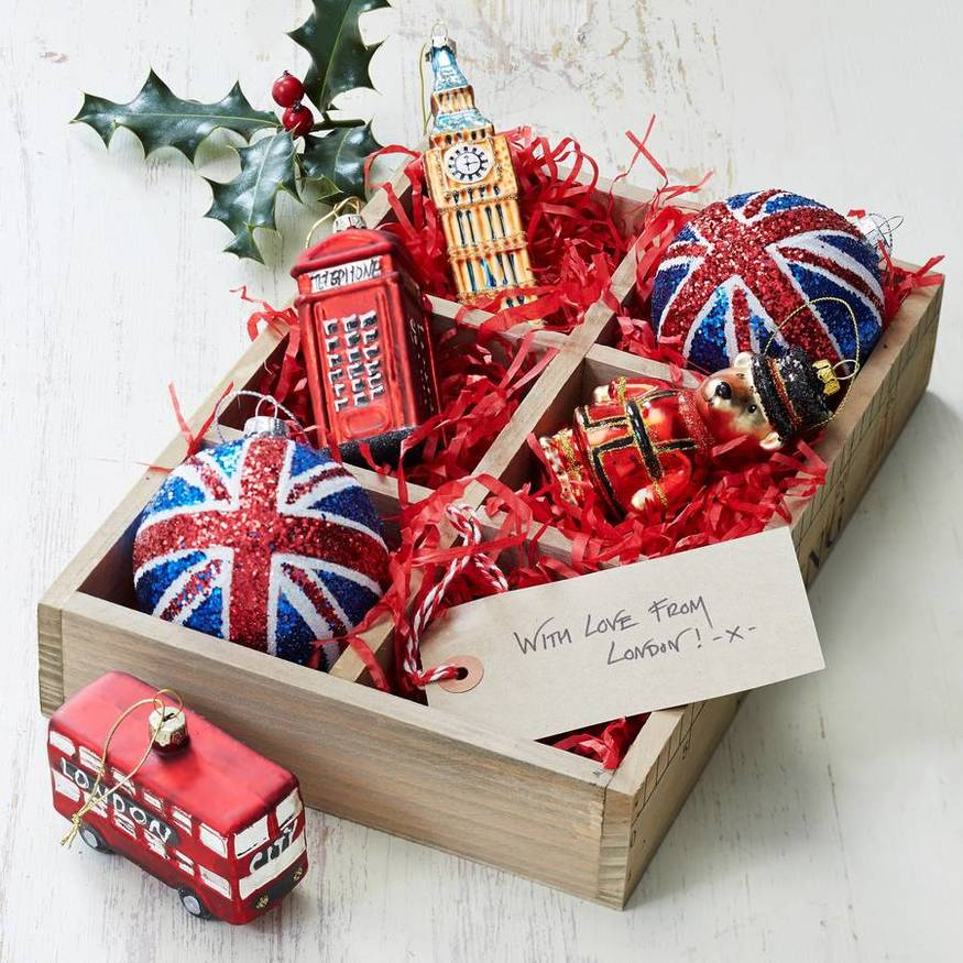 The best london christmas decorations londonist for Home decorations london