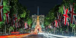 Wander Around Buckingham Palace As You Please: This Is Virtual Reality London