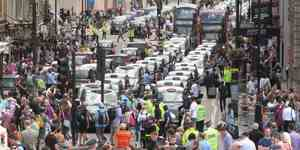 5,000 Taxi Drivers To Protest Wednesday In Central London
