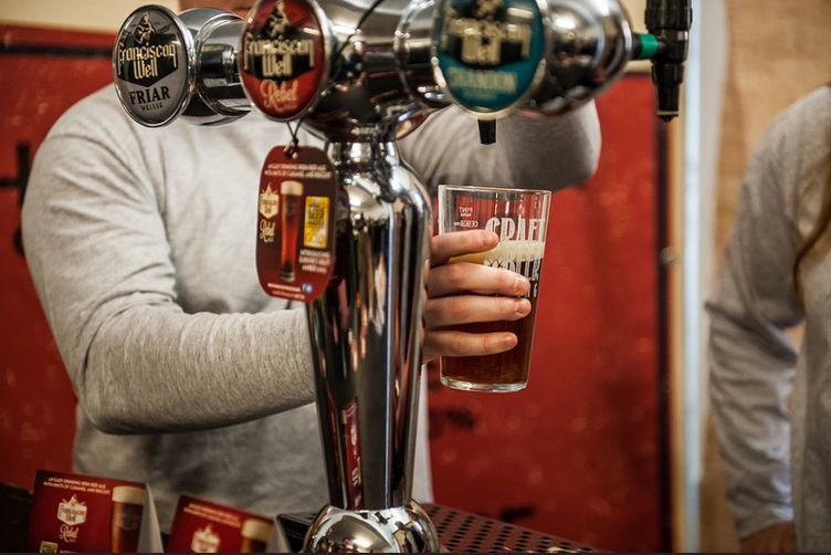 Craft beer rising vs london beer week which should you go for Craft beer vs microbrew