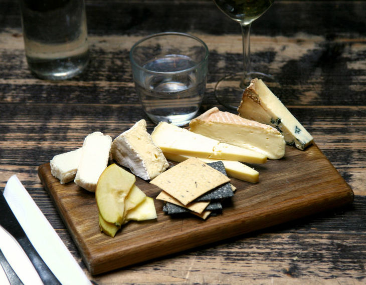 Best cheeseboards, cheesy restaurants and places to eat cheese in London: La Fromagerie