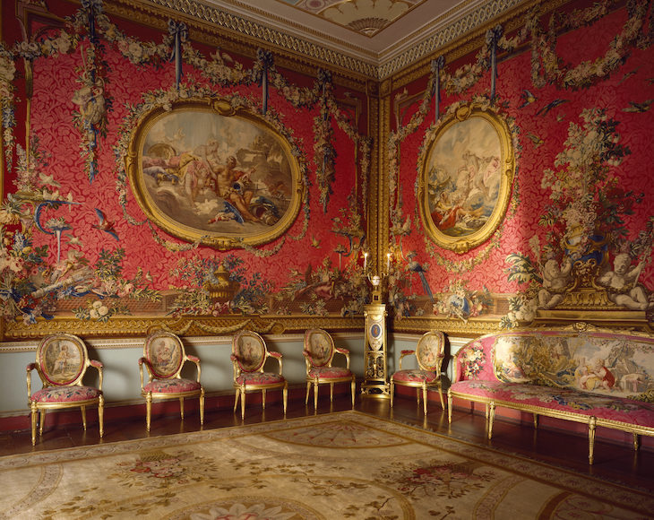 osterley_park__middlesex__showing_boucher-s_medallion_tapestries.jpg
