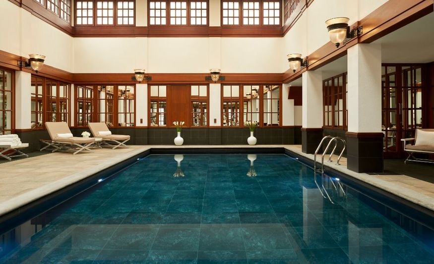 Londonist Tries Out The Swimming Pool At The Savoy