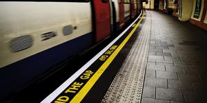 'Mind The Gap' Man Dies