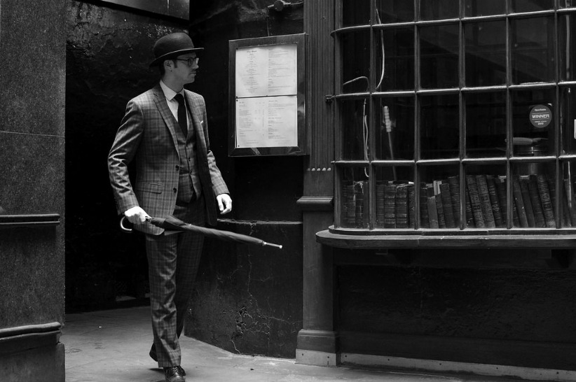 Len Deighton's London Dossier, Chapter 7: Mood