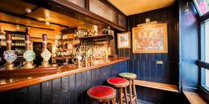 Are These London's Smallest Pubs?