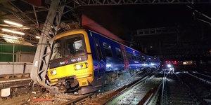 Major Disruption At Paddington Station Due To Train Derailment
