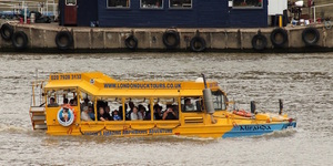 London News Roundup: Duck Tour Boat Gets Stuck In Mud