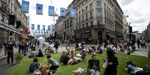 Inflatable Hockey Pitch To Close Regent Street