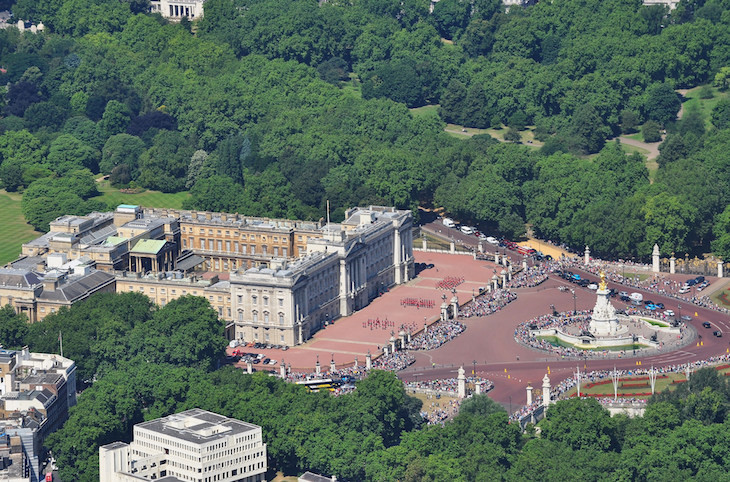 13 Secrets Of Buckingham Palace Londonist