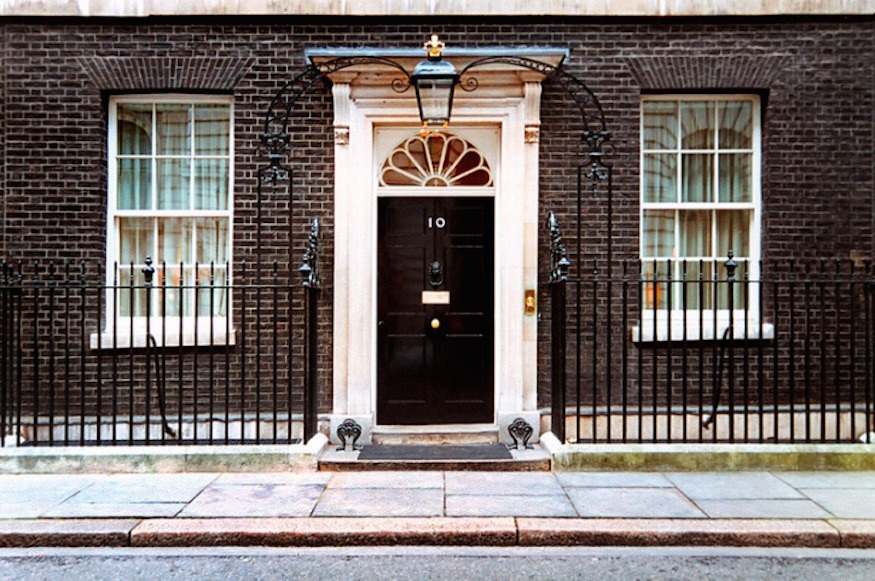 10 secrets of 10 downing street londonist. Black Bedroom Furniture Sets. Home Design Ideas