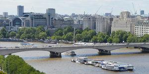 Why Is Waterloo Bridge Sometimes Known As The Ladies Bridge?