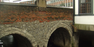 Where Is London's Oldest Surviving Bridge?