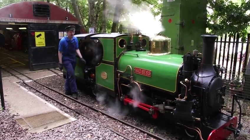 Video: We Rode A Tiny Train Around A Huge Lido