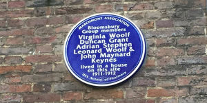 Explore London's Blue Plaques In Your Lunch Break