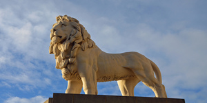8 Secrets Of The South Bank Lion