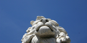 8 Amazing Facts About London's Coade Stone Lion