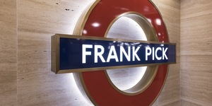 The Frank Pick Roundel At Piccadilly Circus