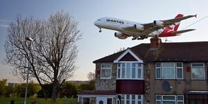 London News Roundup: Mayor Asks TfL To Help Overturn Heathrow Decision