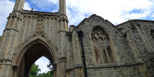 7 Things You Probably Didn't Know About Nunhead Cemetery
