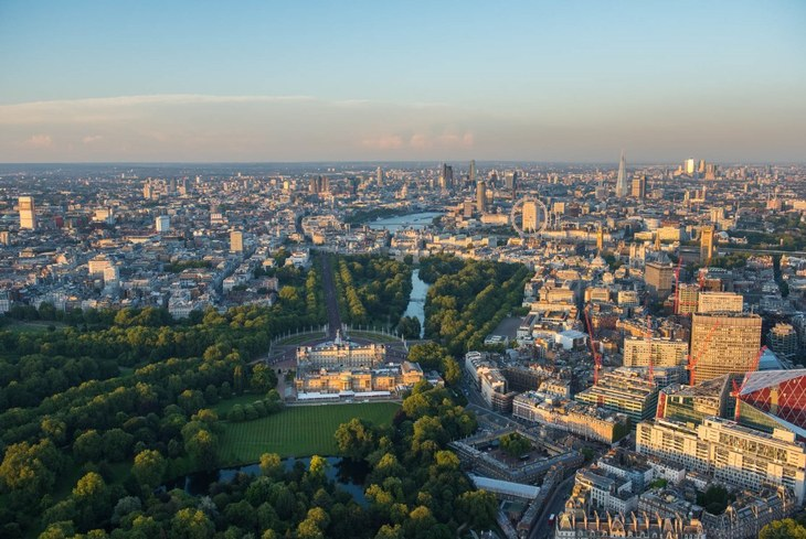A Guy Leaned Out Of A Helicopter To Get These Amazing London Snaps