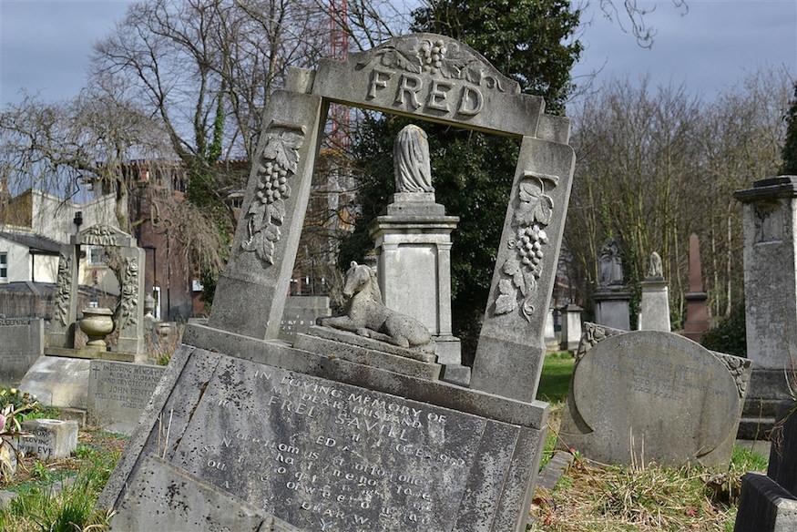 7 Secrets Of Tower Hamlets Cemetery