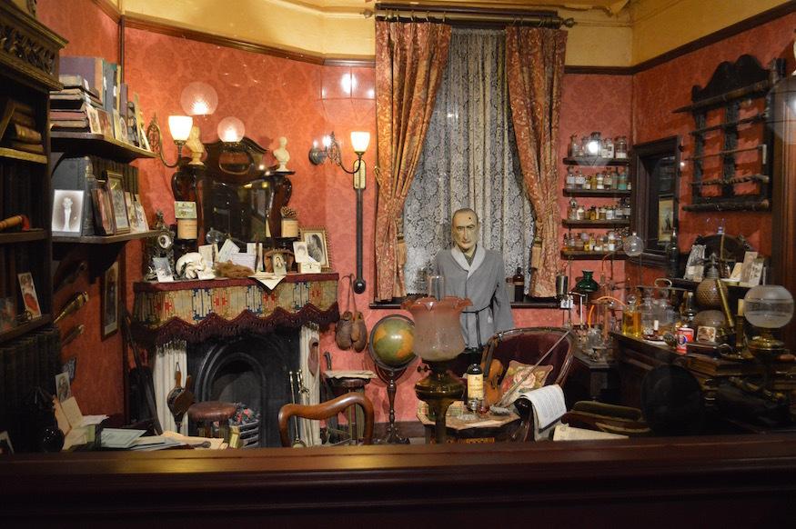 Visit Sherlock Holmes's Study Above A Central London Pub ...