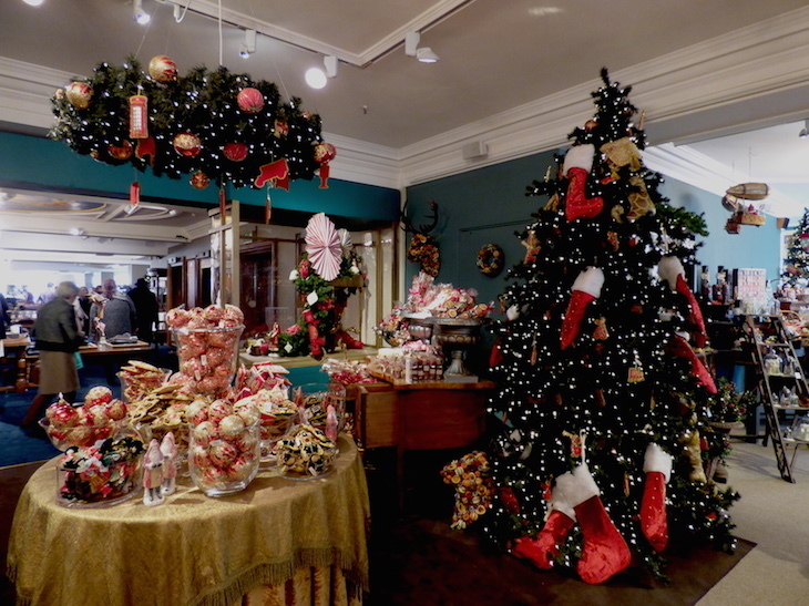 Inside The Fortnum Mason Christmas Department Which We Loved In Piccadilly Photo Laura Reynolds