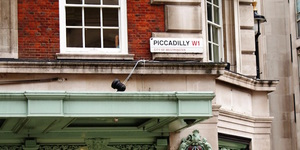 9 Facts About Piccadilly