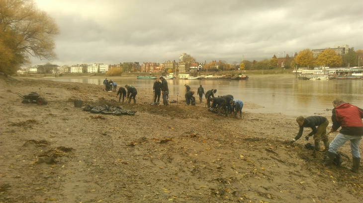 These Pieces Of Plastic Are Messing Up The Thames