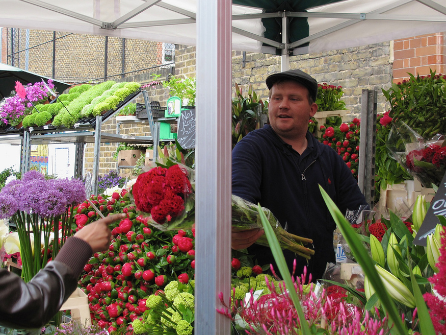 Most romantic London days out and date ideas: Columbia Road Flower Market