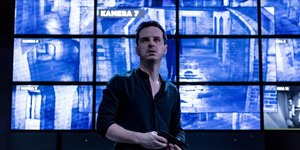 Review: Andrew Scott Is Vulnerable And Charming Hamlet