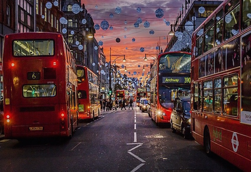 Oxford Street Looks Lovely In These Photos