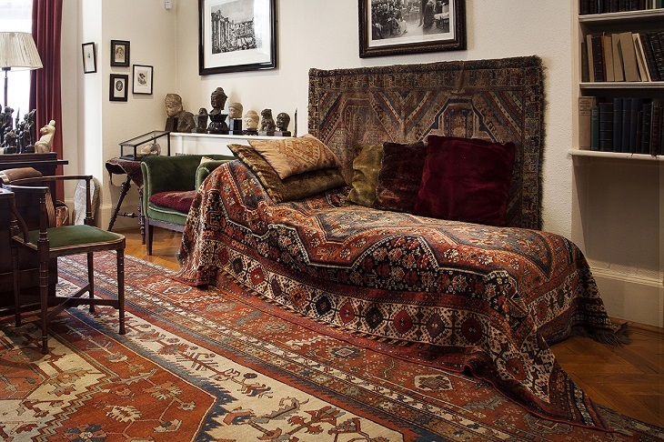 Get Up Close To Freud's Famous Couch At This Little-Known ...