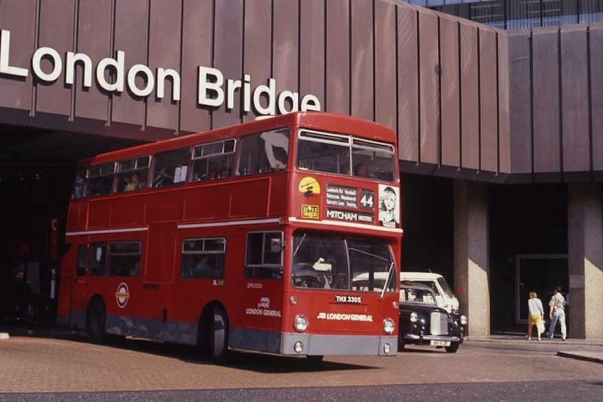 This Is What London Looked Like In 1990