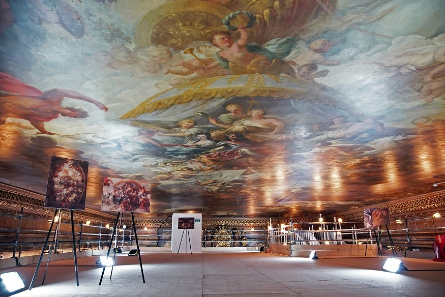 Got A Head For Heights? There's A New Ceiling Tour In Greenwich