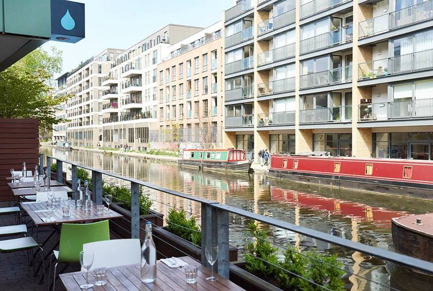 The Ultimate East London Canal Bar Crawl