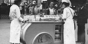 In Photos: London In 1937