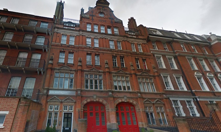 The NHS Has Taken Over Old Brompton Fire Station Putting It To Use At Royal Centre For Sleep A Disorder Clinic