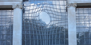 The Warped Window Of Trafalgar Square